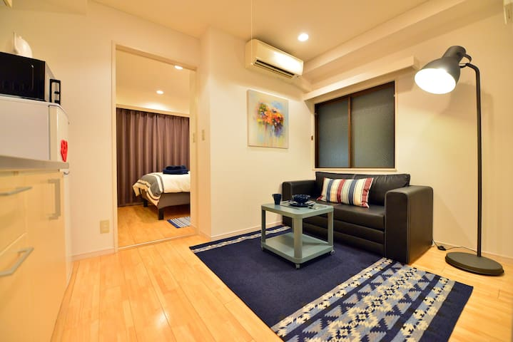 New cozy 4Pax/Roppongi/Akasaka/3 min subway/WiFi