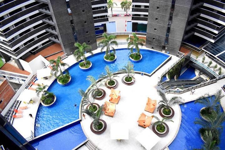 Apartamento no Landscape, Meireles, a Beira Mar