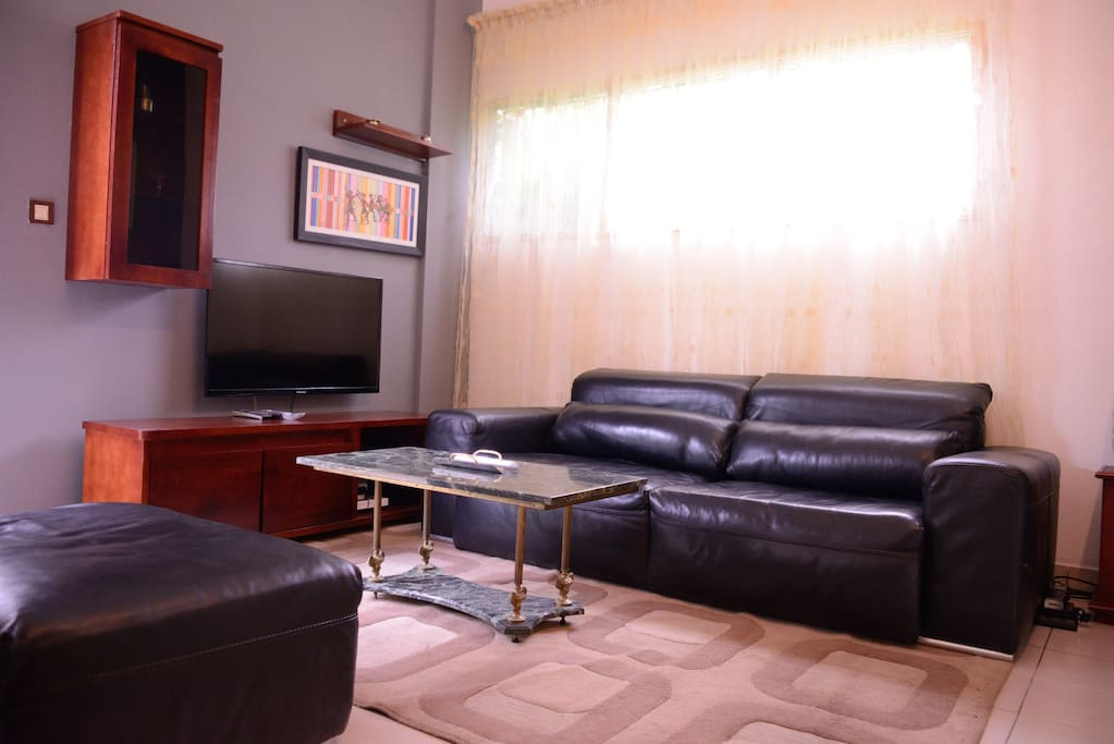 Appartement meuble bonapriso douala flats for rent in for Appartement meuble douala