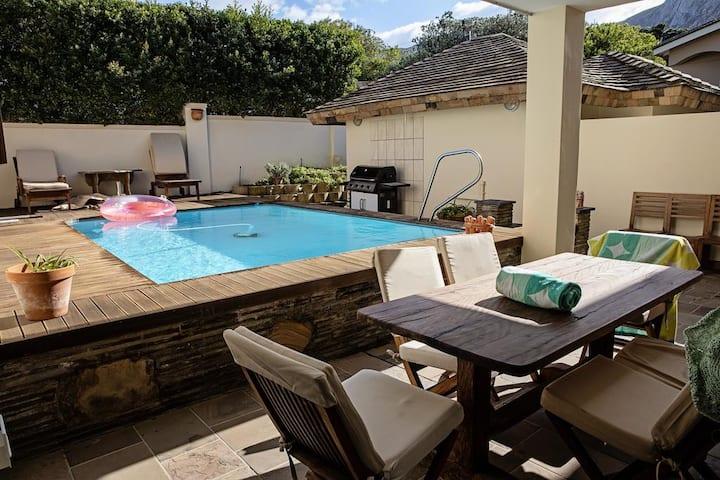 Roofer's Nest Luxury Accommodation @ Voëlklip