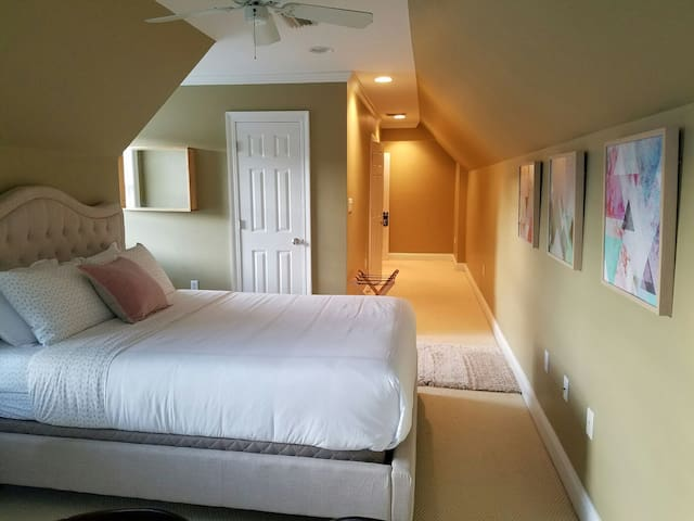 Cozy Suite, calm & private (close to I-65 & I-10) - Mobile - Hus