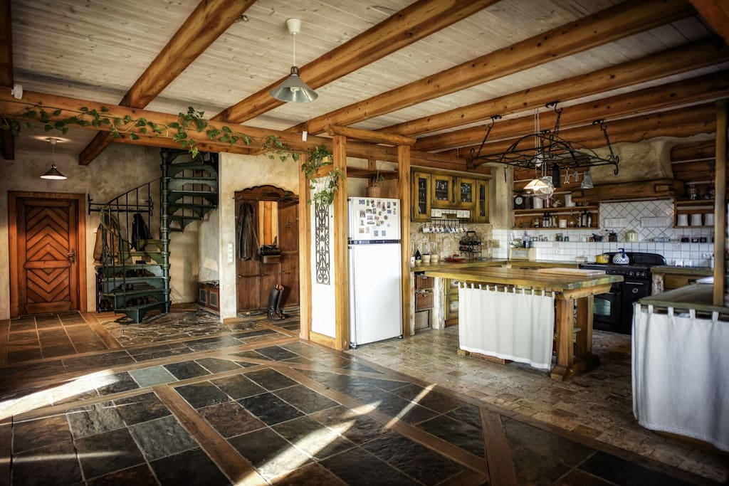 kuchnia i przedpokoj