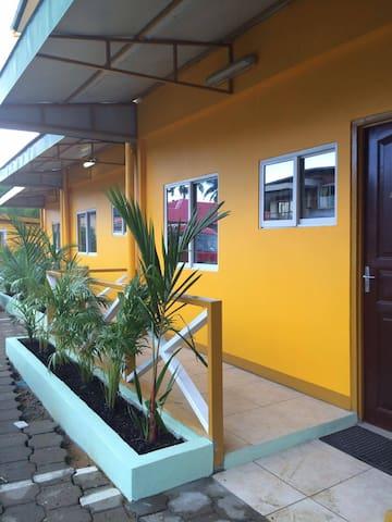 Jacobastraat 15, Paramaribo- Suriname - Paramaribo - Huoneisto