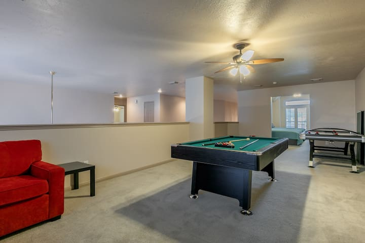Awesome Game room; Pool Table; Air Hockey; Ping Pong