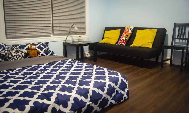 BEAR PRIVATE ROOM -  5 MIN AWAY FROM DUFFERIN MALL