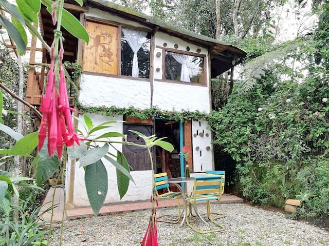 Santa Elena Medellín  - Cabaña Rústica Magic House