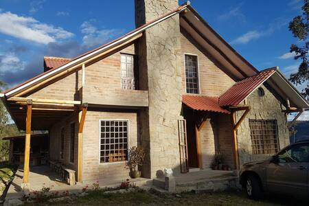 Casa de campo Hortencia