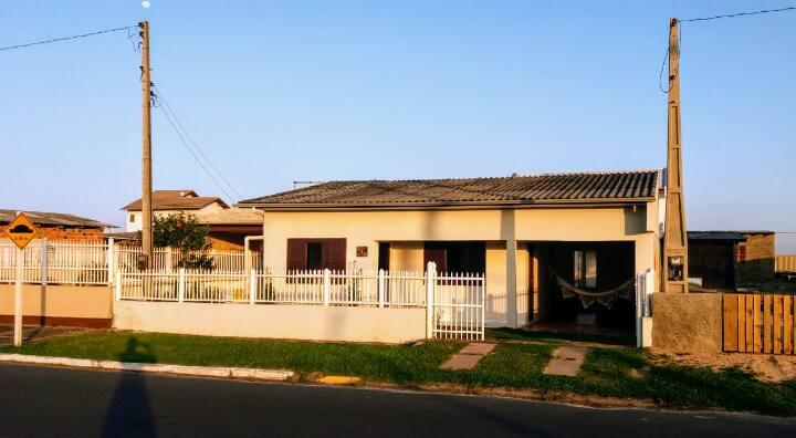 Ótima Casa Beira Mar em Balneário Arroio do Silva