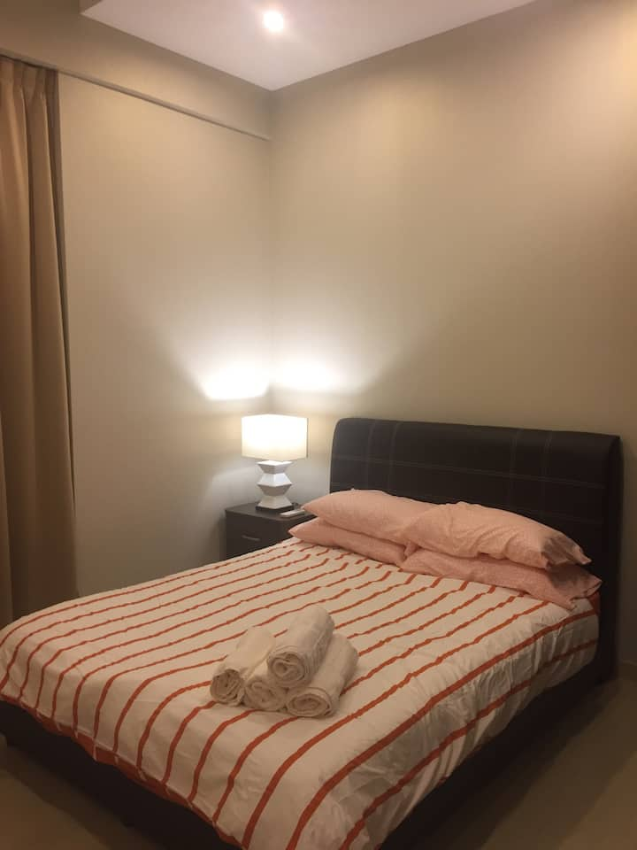 1Br 2-4pax in Orchard 5 mins to MRT