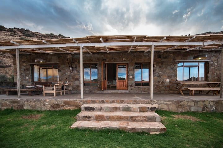 Karoo Ridge Cottage