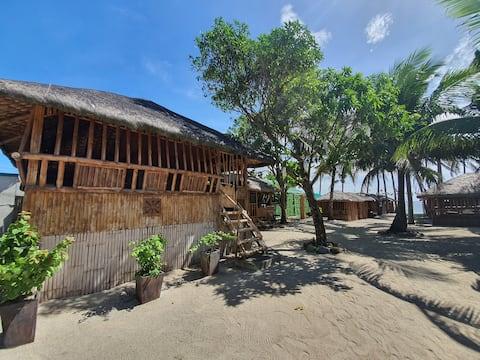 Camp Laiya Beach > Kamalig A/C 7pax