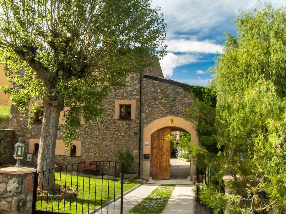 Casa para grupos en el pirineo houses for rent in - Casas rurales en el pirineo catalan ...