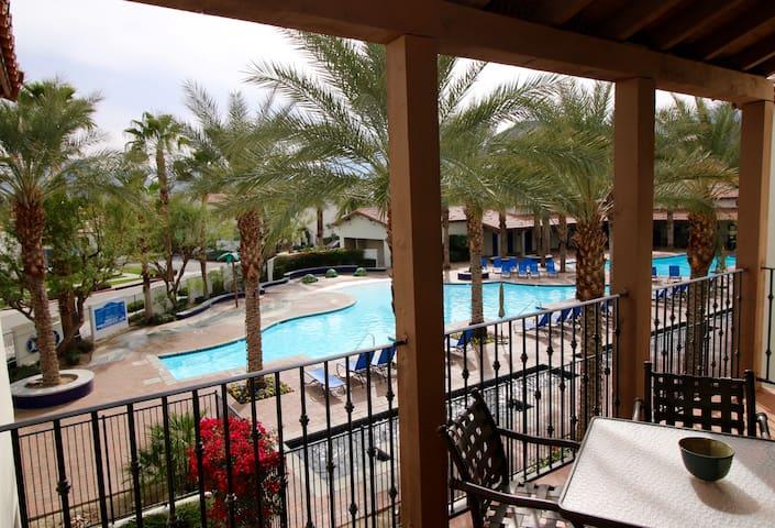Upstairs 2BR Main Pool Condo ☺ Legacy Villas!