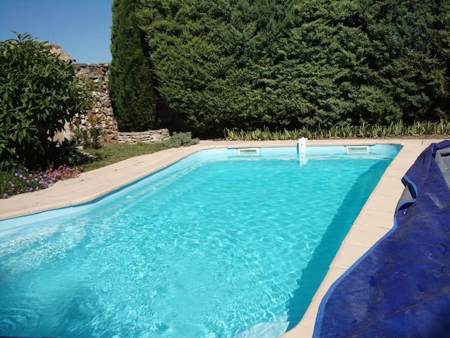Pretty house near Roussillon