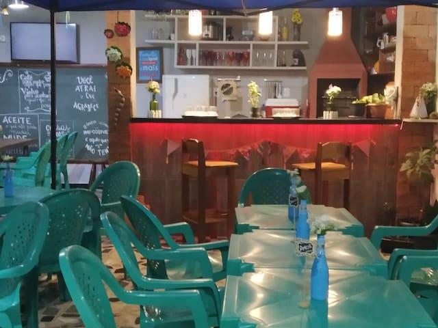 Bell Bella Hostel: hostel, gastronomy and art