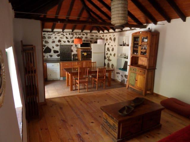 Casa Tradicional Canaria - Los Llanos - Ev