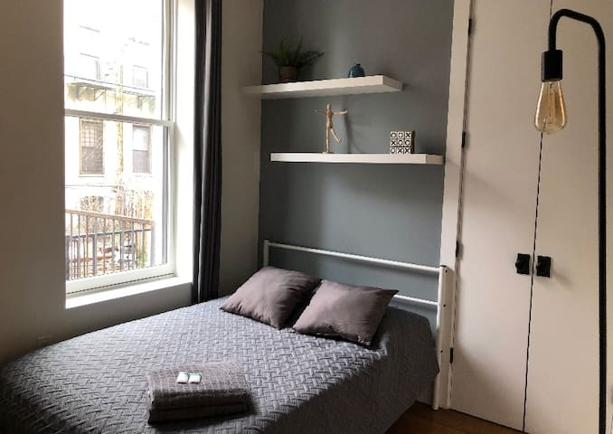 New Apartment & Newly Furnished close to L train