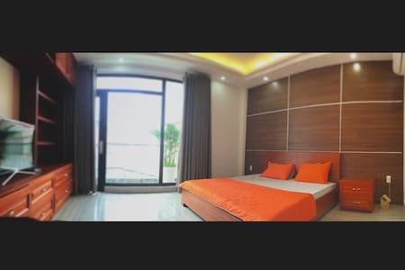 Orange Juice | Joy | Homestay - Ho Chi Minh City - Hus