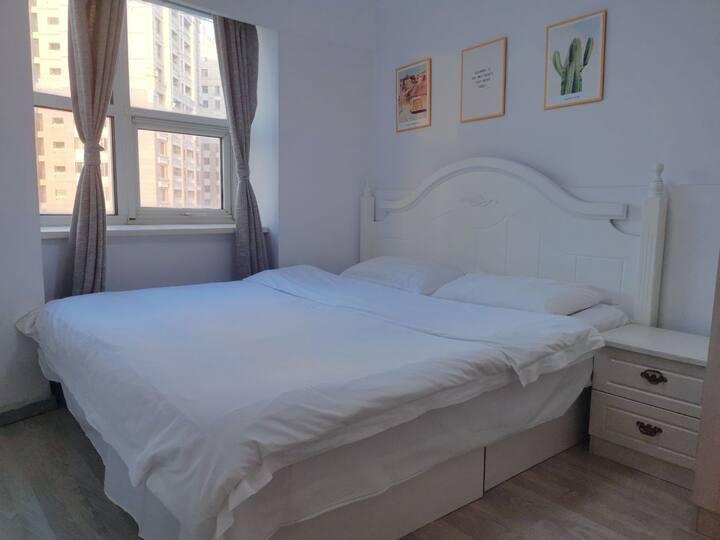 星海广场两室一厅海景6人套房