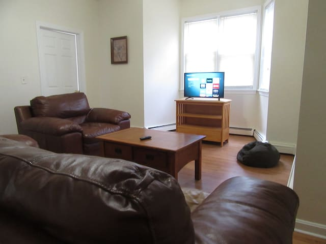 OCTOBER SPECIALS!!!  EAST SIDE Spacious Apartment!