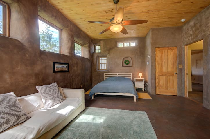 Eco Farm House/Master Gardener's Bedroom Suite