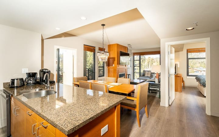 The Village Monache 2BD/2BA With Great View and Location!