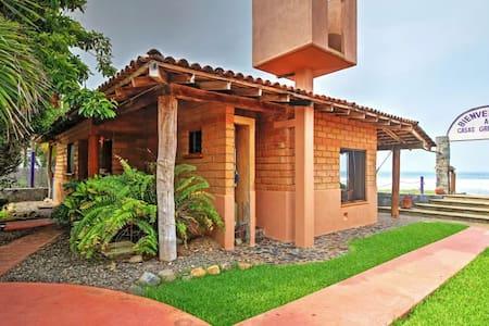 'Brick Casa' - 2BR Troncones House w/Patio! - Troncones - House