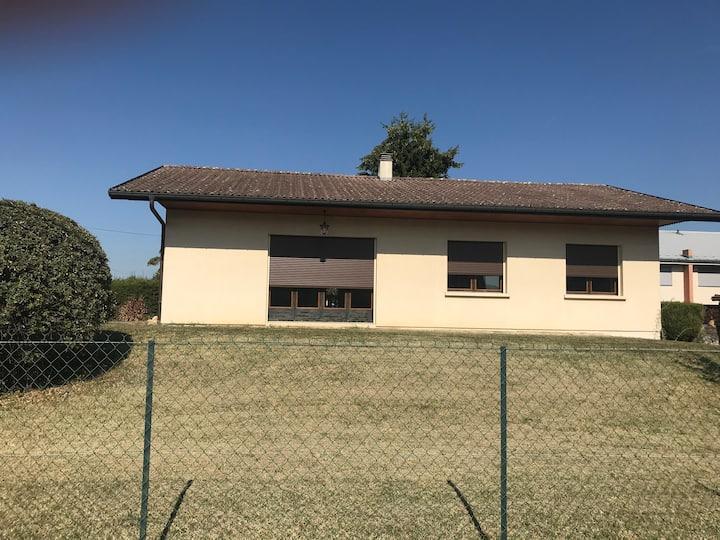 Chambre privée dans villa proximité de Genève