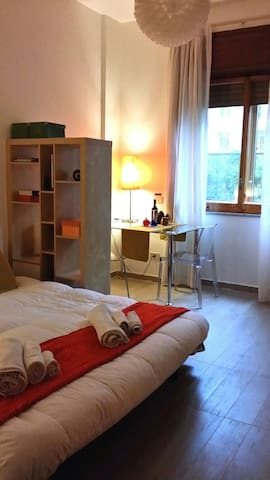 Monolocale Centrale-BinarioUno B&b - Salerno - Lägenhet