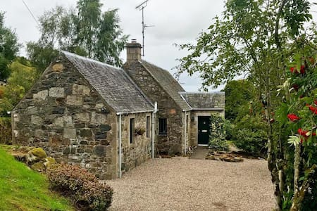 Boltholecottageperthshire. Rural, high end, idyll