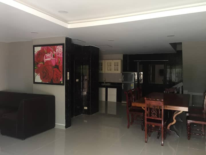 Private house near Jomtien Beach for holiday