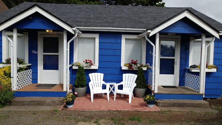 Perfectly Located Ocean Way Cottage #212