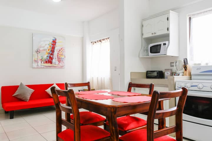HANDY, CONFORTABLE APARTMENT IN SAN PEDRO
