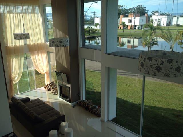Luxury Mansion 5 bedroom w/ aire Luxury Condominiu - Capão da Canoa