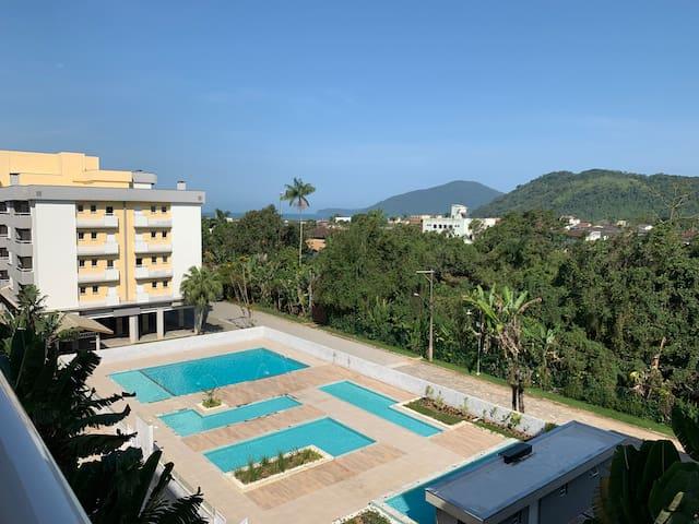 Bela vista, 350 m da praia, 5 piscinas e Wi-fi.
