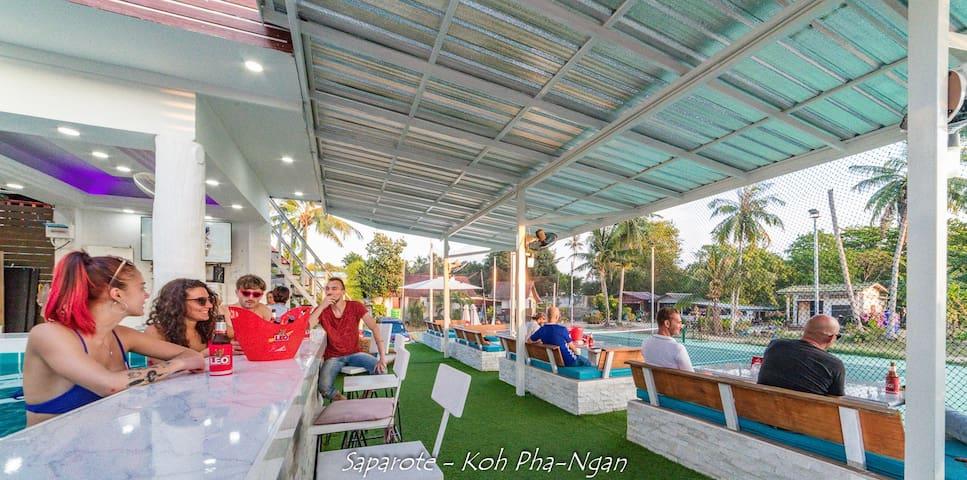Tennis Club Phangan - Sea view private room
