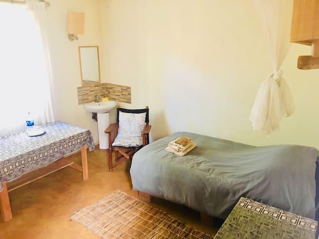 Bedroom 3 - 1 single bed