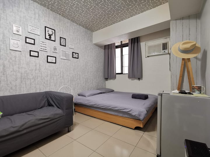 Room 4-5 | Backpacker |short stay| Ximen MRT 5 min