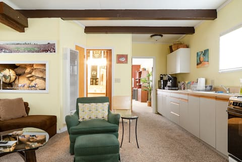Susan's Altadena Guesthouse