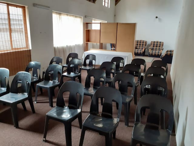 Botties Thatch workshop / seminar Room, self-cater