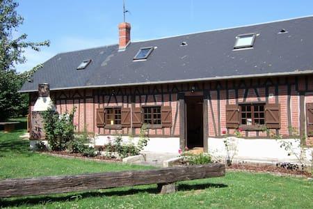 maison normande avec jardin - La Chapelle-sur-Dun