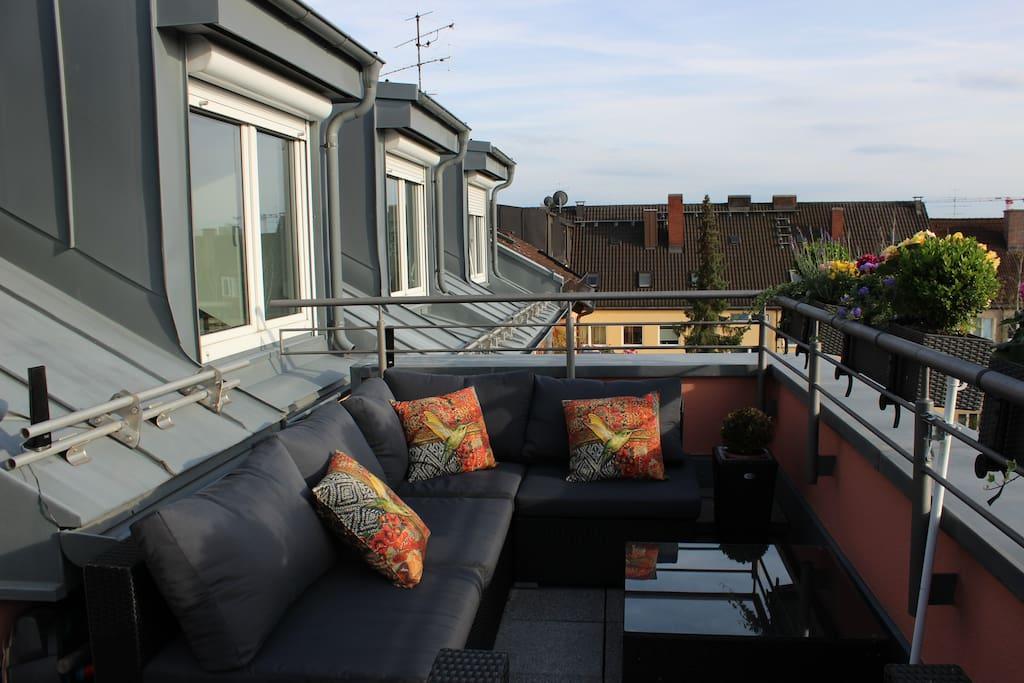 Lounge open during summer season
