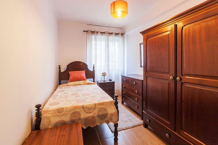 12 Single Bedroom