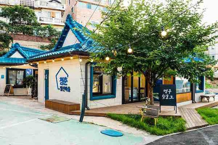 청춘발산마을 단독원룸 평일특가2.3만 (장기숙박 10프로 캐쉬백) free wifi