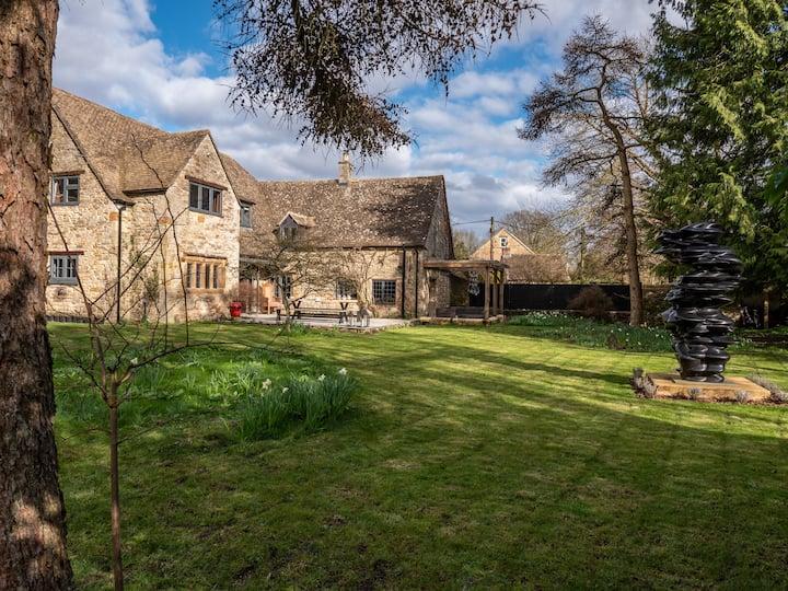 Luxury Cottage: Soho Farmhouse, Blenheim, Bicester
