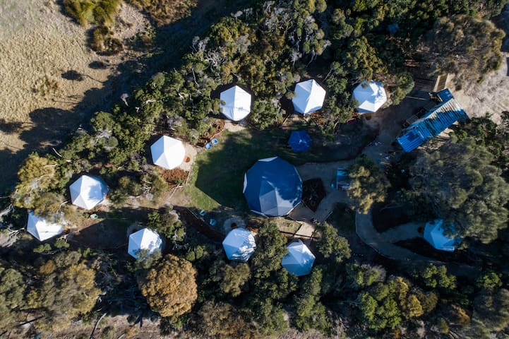 Flinders Island Glamping, a unique experience.