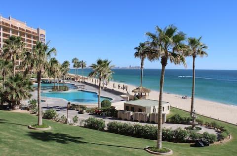 **REDUCIDO** ¡Condominio Sonoran Sun Ocean Front 2Bd/2B!
