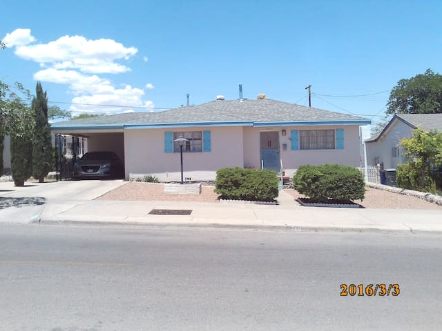Safe, Comfy Centrally-Located 3br Home