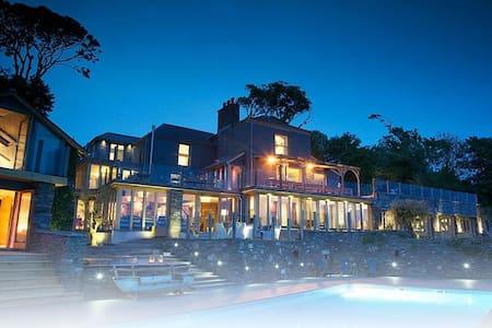 Worden House, exclusive villa - Stoke Fleming