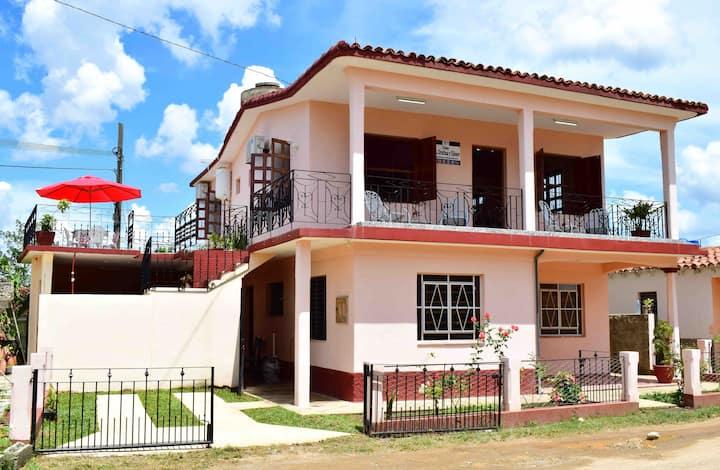 Casa Dra Cristina y Eliéser+wifi room 3